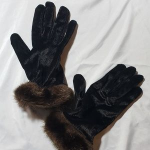 Accessories - Fancy faux fur gloves
